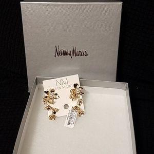 NWT Neiman Marcus  flower earrings